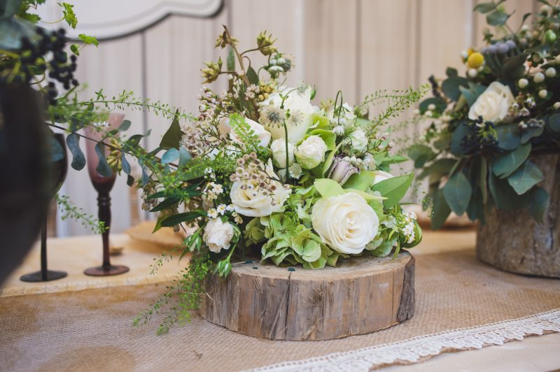 barn-wedding-flowers-1
